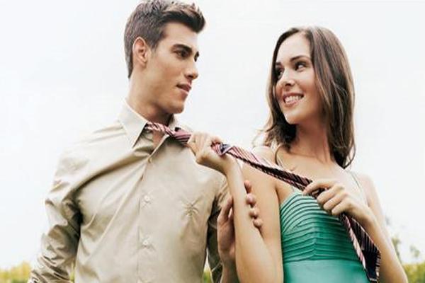erkekler kadınlarda ne arar, erkekleri etkileme yolları, erkekler nelerden etkilenir