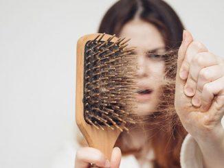 saç dökülmesi, saç dökülmesinin nedenleri, saçlar neden dökülür